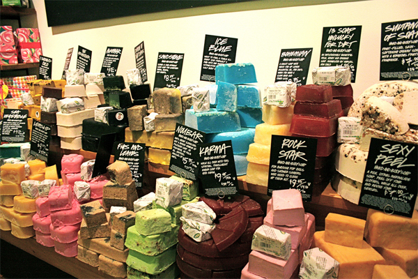 lush-beauty-cosmetics-personal-care-soap-1